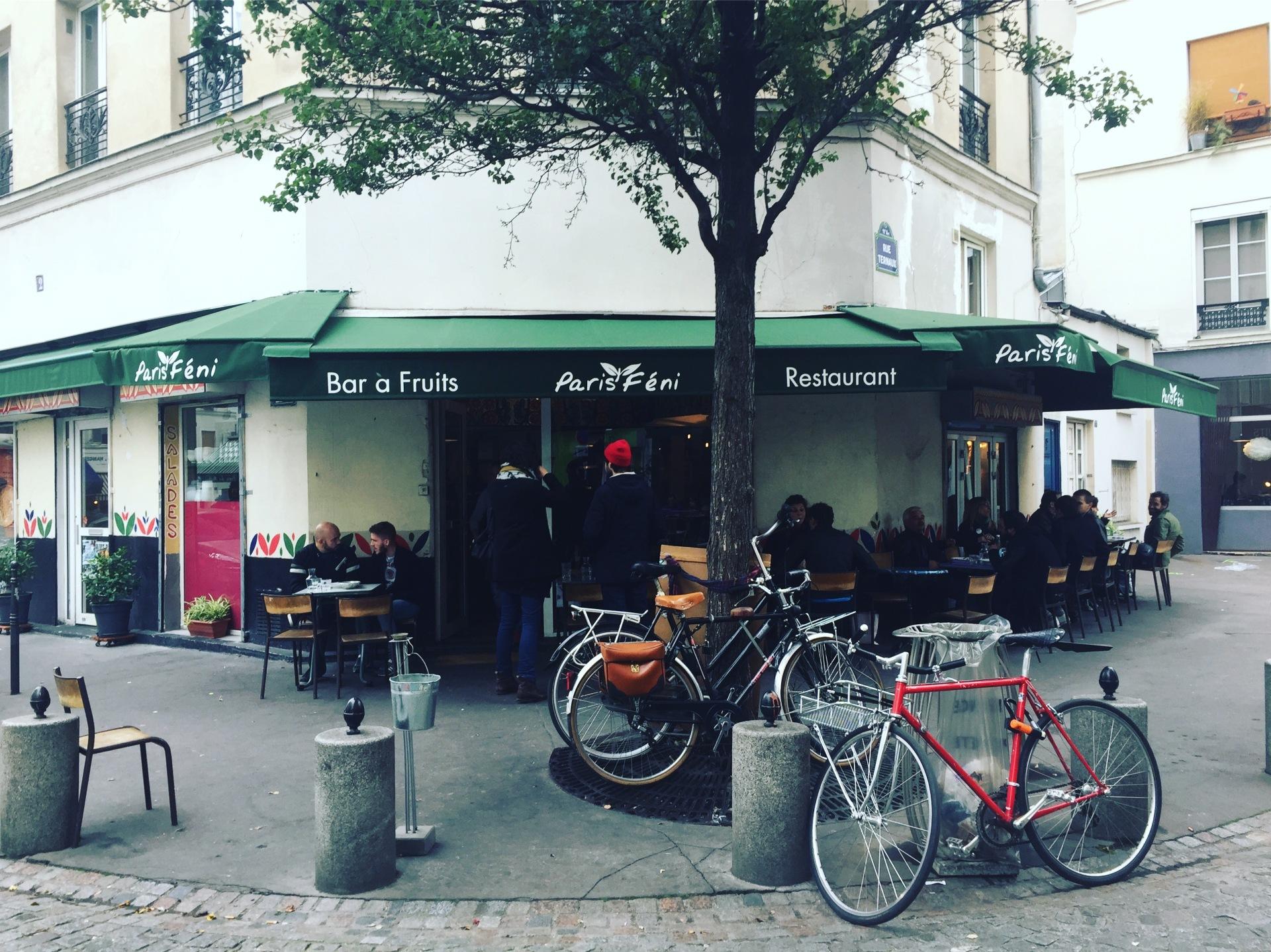 Paris Féni
