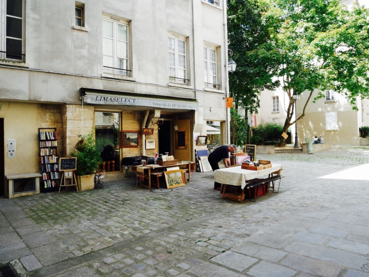 Secret Paris: Le Village Saint-Paul